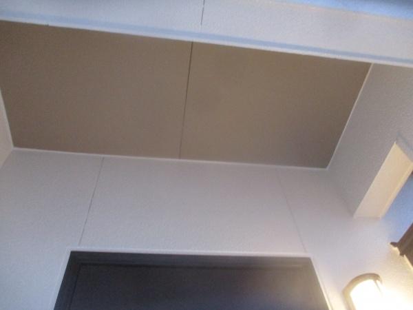 軒天塗装の完工です