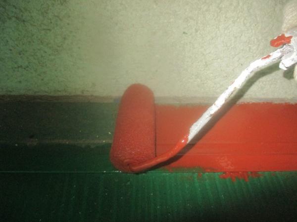 板金部の錆止め塗装中です