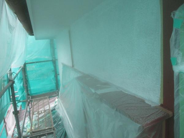 2階のリシン外壁下塗り終了です
