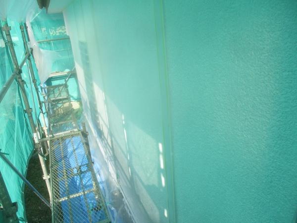 1階外壁の下塗り終了です