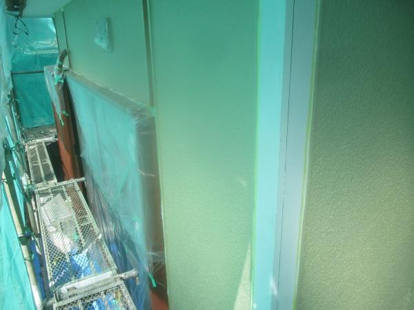 1階外壁の中塗り終了です