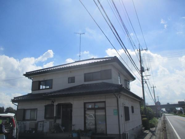 壬生町で瓦屋根住宅の漆喰詰め増し工事が着工となりました。