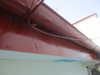 樋、破風板のさび止めが終了しました
