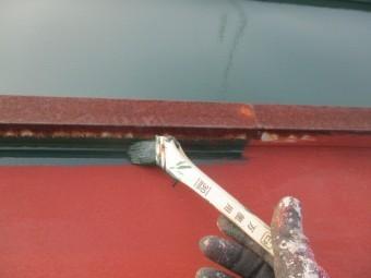 瓦棒塗装中です