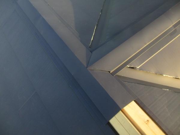 棟板金の繋ぎ加工です