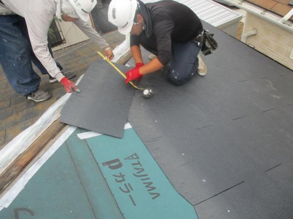 宇都宮市で薄型スレート屋根の葺き替えと雨樋交換工事の完工です