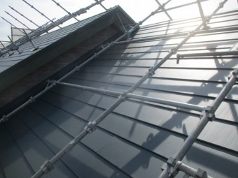 大屋根北面の完工です