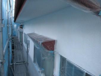 軒天塗装終了です