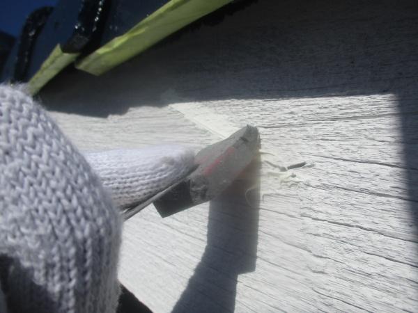 破風板の補修中です