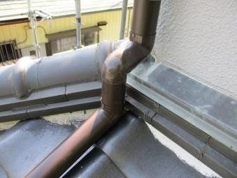 壁水切りの配管を加工しました