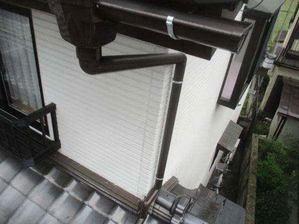 2階の縦樋の配管を加工しました