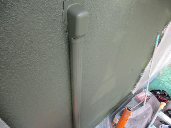 エアコンカバーを塗装しました
