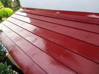 屋根を塗装しました