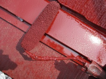 水切りの上塗り中です