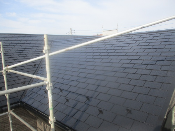 スレート屋根塗装の完工です