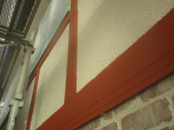 宇都宮市でアレスダイナミックフィラーで外壁下塗りをしました。