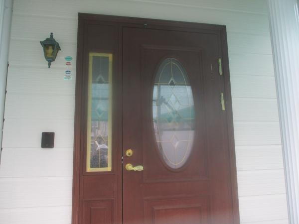 塗装前の玄関ドアです
