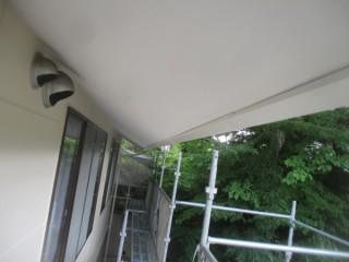 軒天の塗装後です