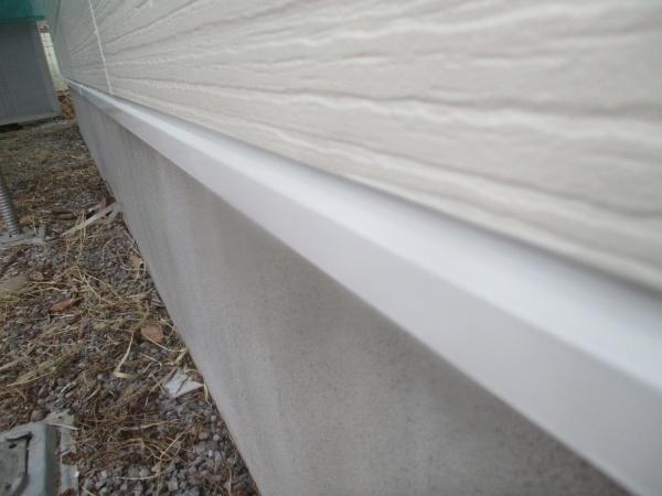 土台水切り塗装の完工です