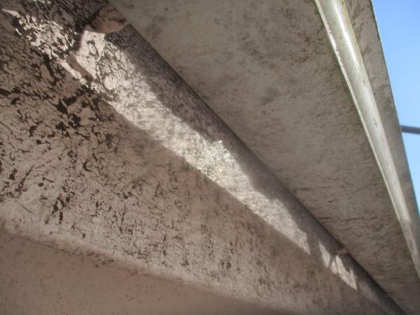 屋根洗浄後の外壁の状態です