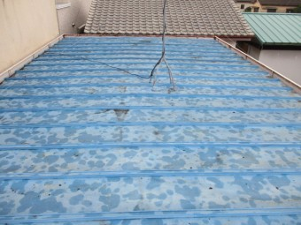 2階の大屋根の施工目の状態です