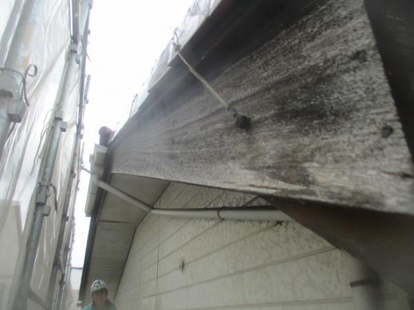 破風板の洗浄後です