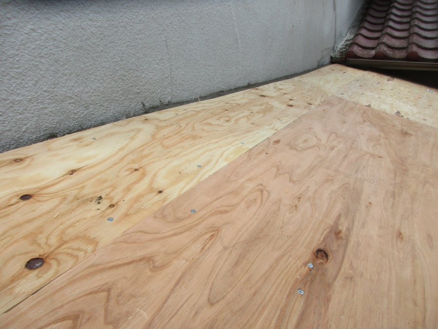 野地板の貼り付けが終了しました