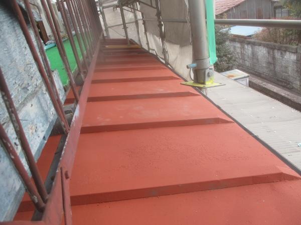 下屋根板金塗装が終了しました