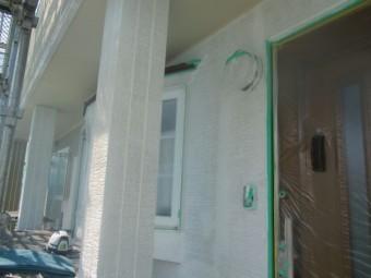南面の外壁下塗り塗装が終了しました。