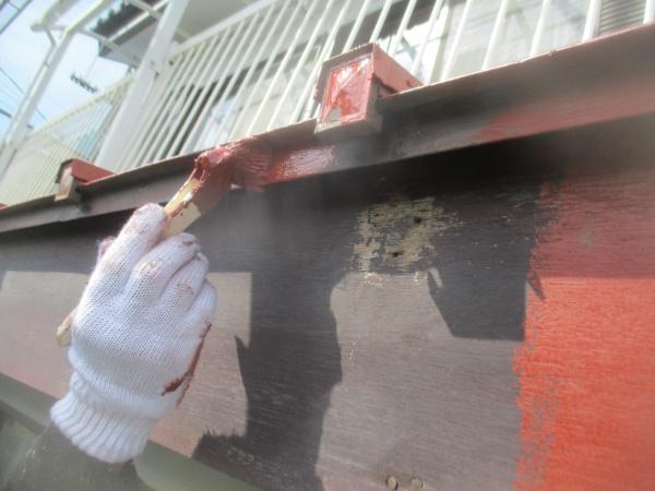 水切りのさび止め塗装中です