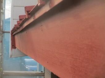 水切りと破風板をさび止め塗装しました