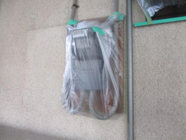 電気メーターを養生しました