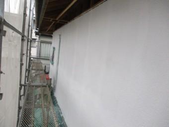 2階の西面の下塗りが終了しました