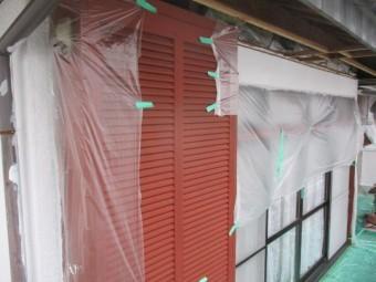 2階のベランダ側の下塗りが終了しました