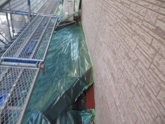 1階の屋根を養生しました