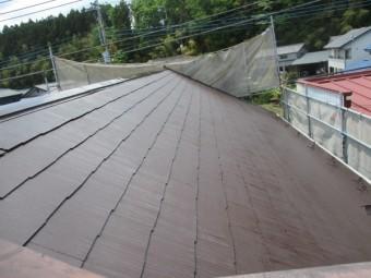 コロニアル屋根の上塗りが終了しました