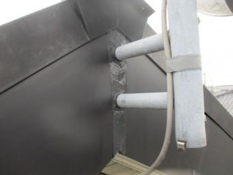 アンテナ支柱のシーリングが終了しました
