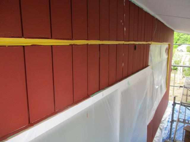 板金サイディングの下塗りが終了しました
