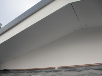 軒天の塗装が終了しました