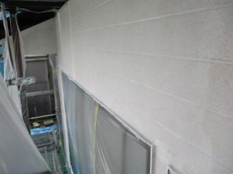 サイディングの下塗りが終了しました
