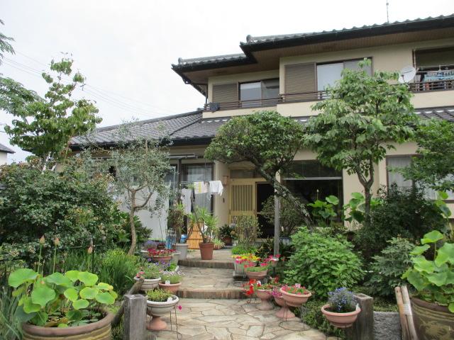 宇都宮市の2階造り住宅で漆喰の取り直し工事をしました。
