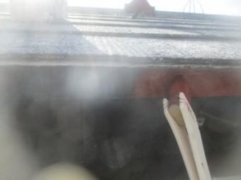 軒先水切りのさび止め塗装中です