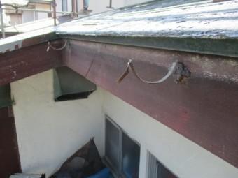 既存の軒樋を撤去しました