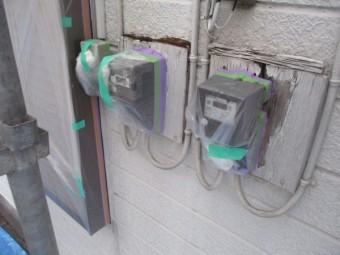 電気メーター周りの養生をしました