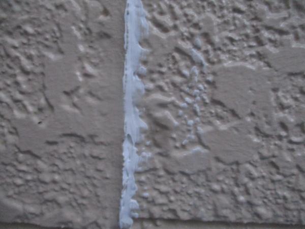外壁隙間の補修完了です